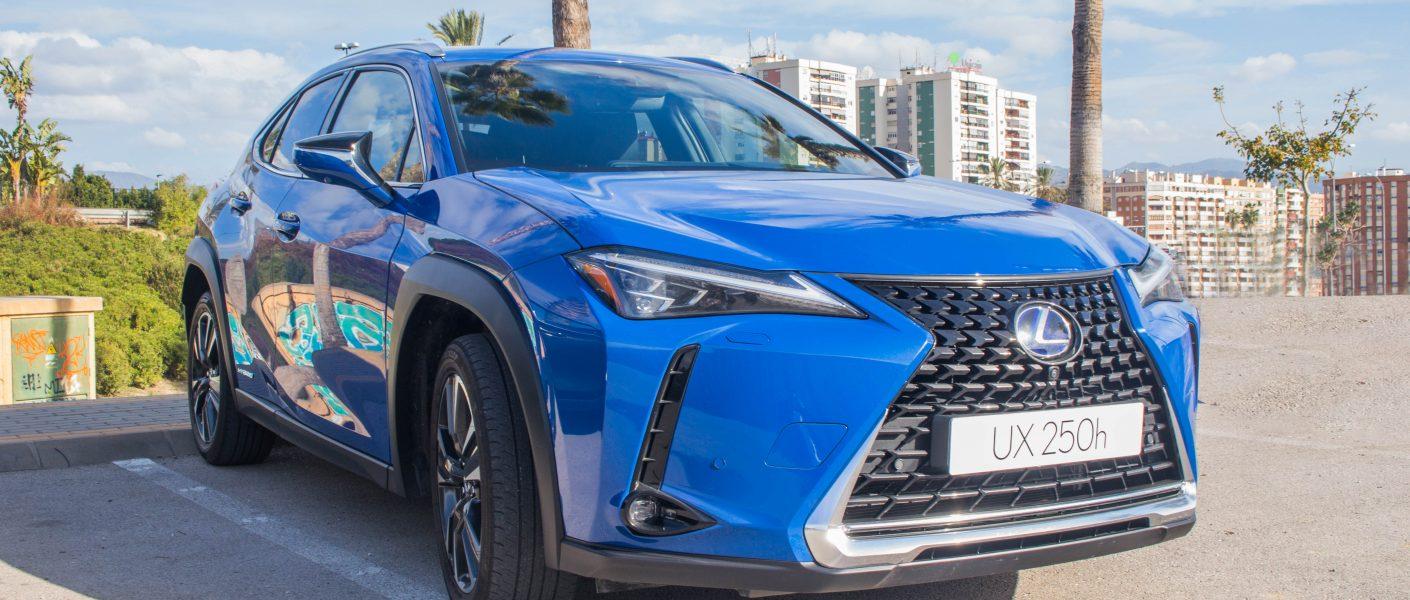 Lexus UX250h, Lexus UX250h: lujo japonés para el SUV Compacto
